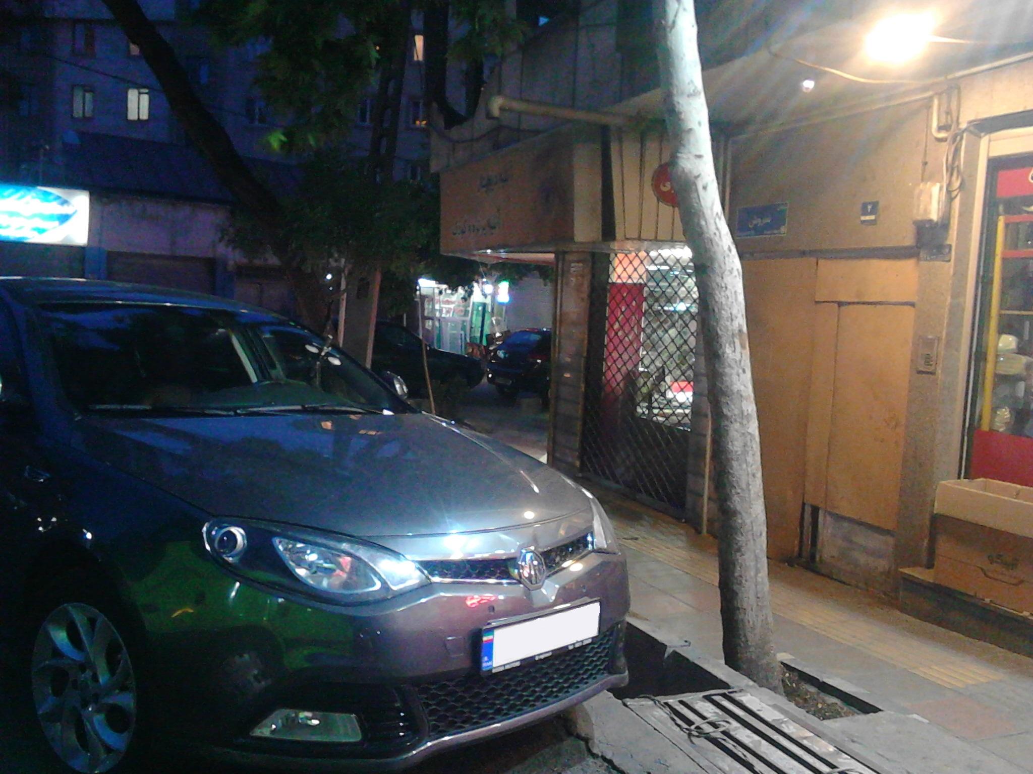 قیمت شیشه اتومبیل MG