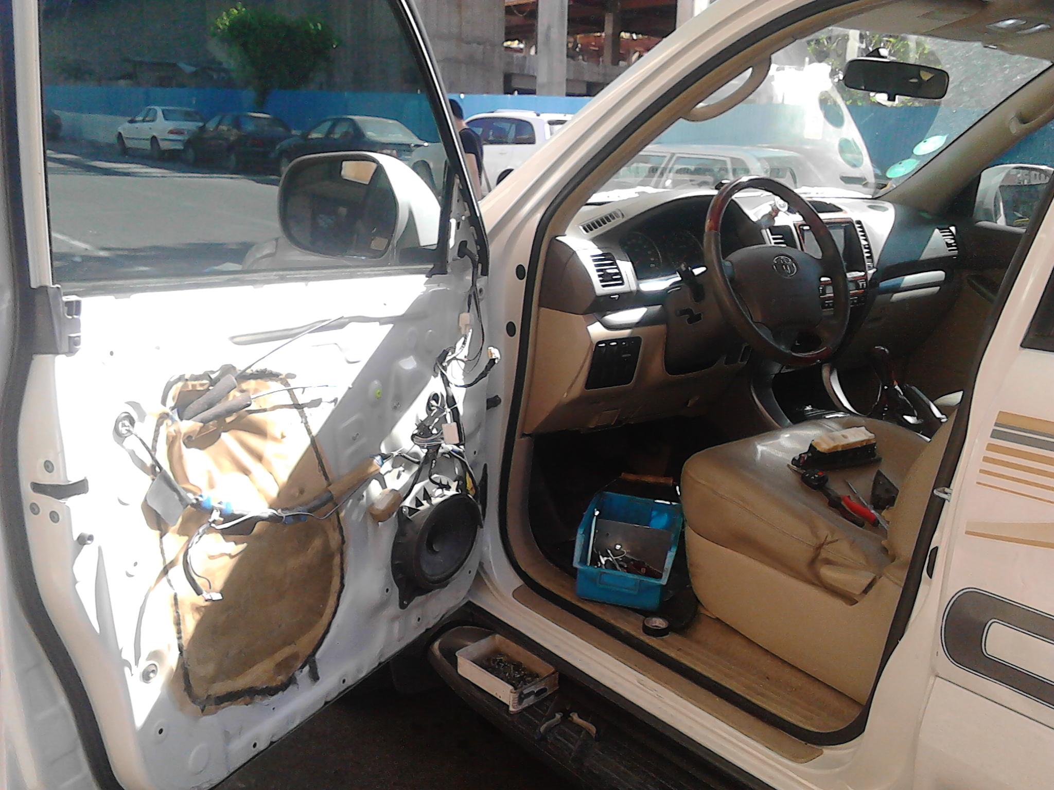 قیمت شیشه اتومبیل تویوتا